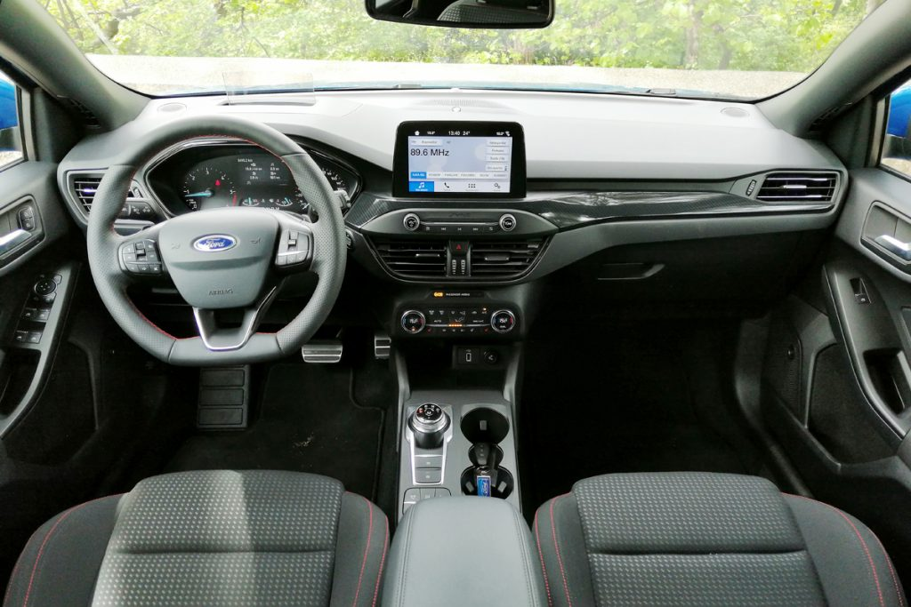 FORD FOCUS HB ST-LINE 1.5 EcoBlue 120 HP AT