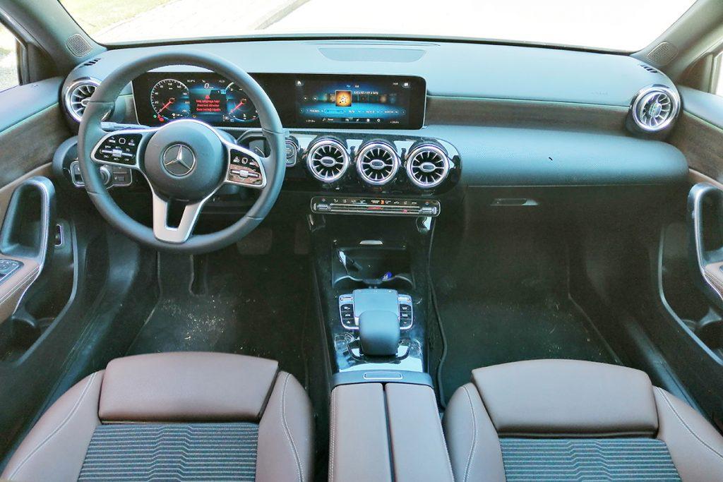 Mercedes-Benz A 180 d Sedan_3