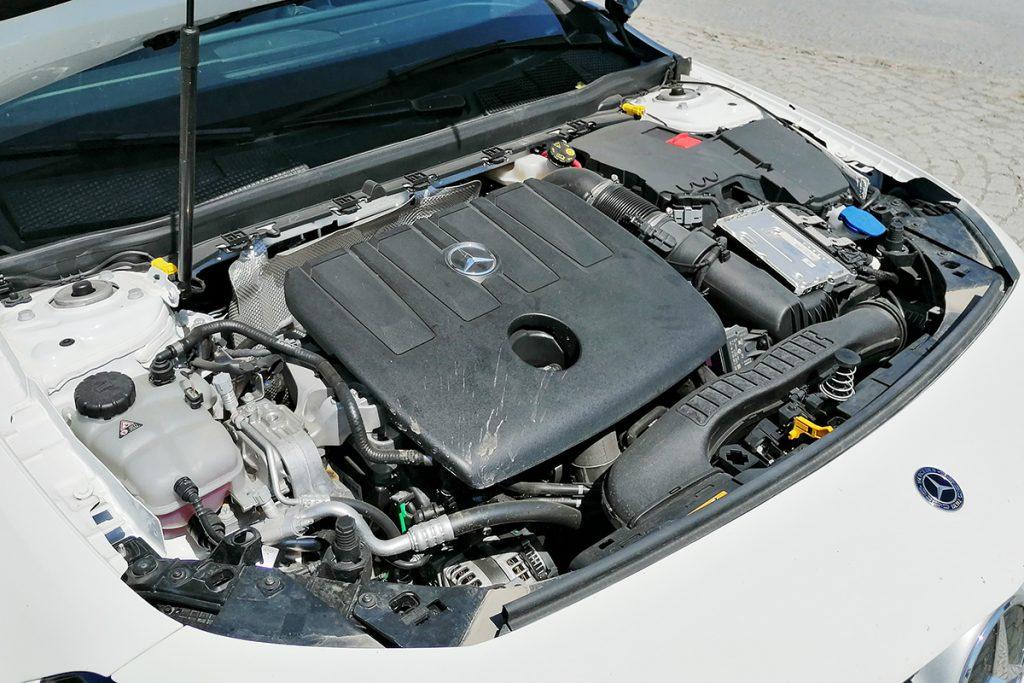 Mercedes-Benz A 180 d Sedan_4