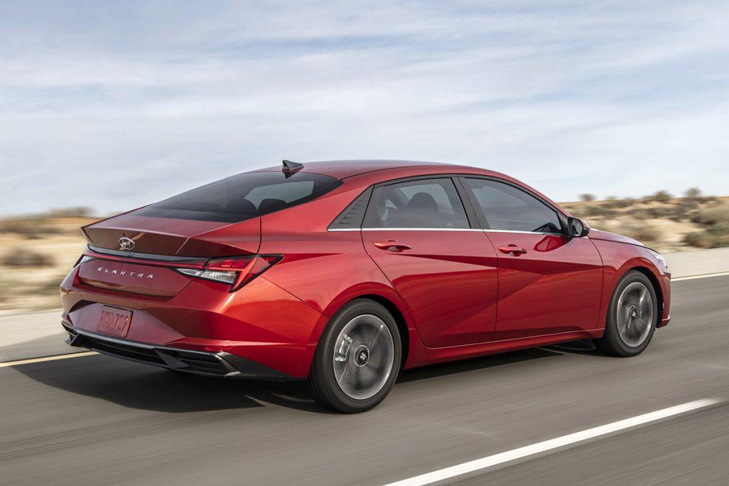 Hyundai Elantra_2